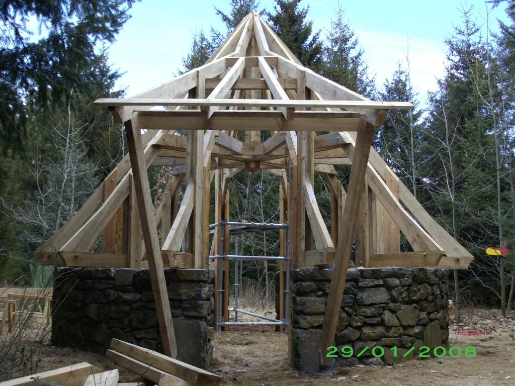 charpente cabane rev tements modernes du toit. Black Bedroom Furniture Sets. Home Design Ideas